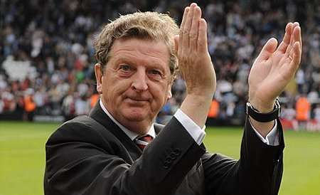 Roy_LFC_clapping