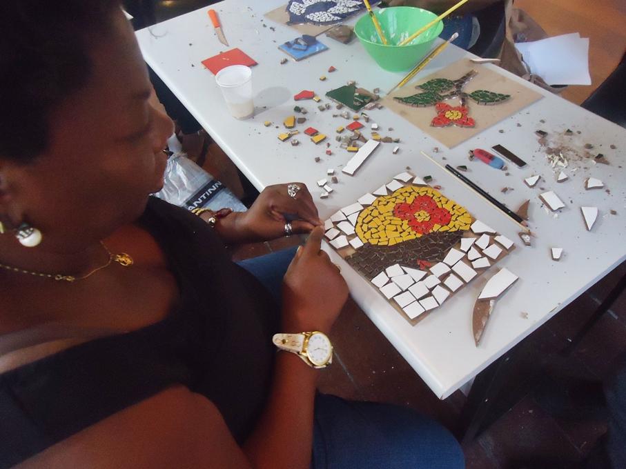 Museu realiza oficina de Mosaico de Azulejos