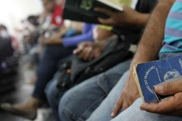 Desemprego no Brasil já está em 11,2%, aponta IBGE