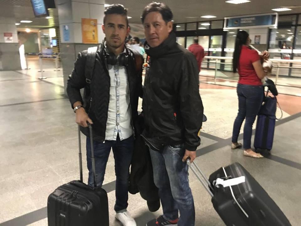 Novo reforço do Vitória, boliviano desembarca em Salvador