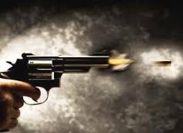 Menina de 11 anos é atingida por bala perdida após tiroteio
