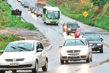 Farol baixo de dia nas estradas passa a valer na próxima semana, alerta Detran
