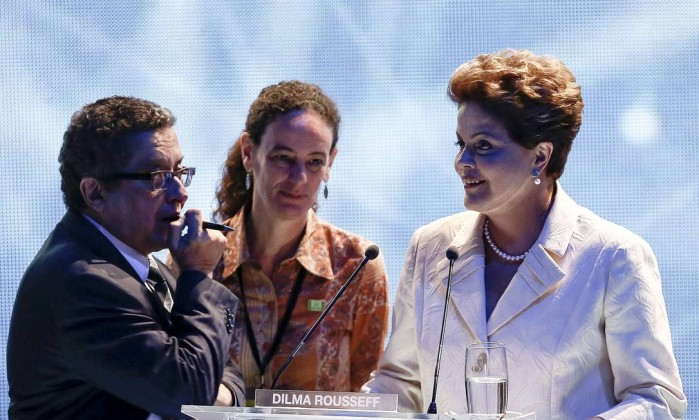 'Não foi com o meu conhecimento', afirma Dilma sobre caixa 2 confessado por ex-marqueteiro
