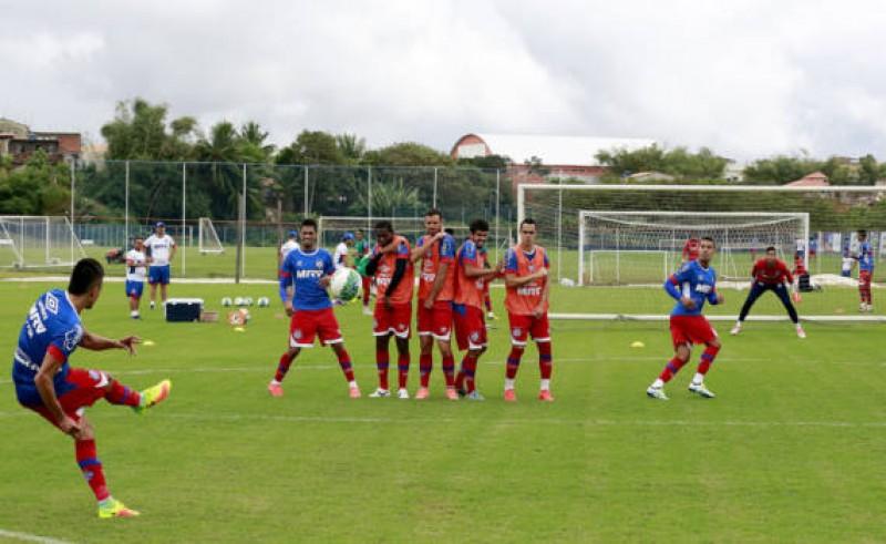 Bahia quer triunfo contra o Paraná para se aproximar do G4