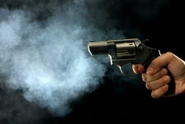 Mulher é morta com tiro na cabeça dentro de bar em Candeias