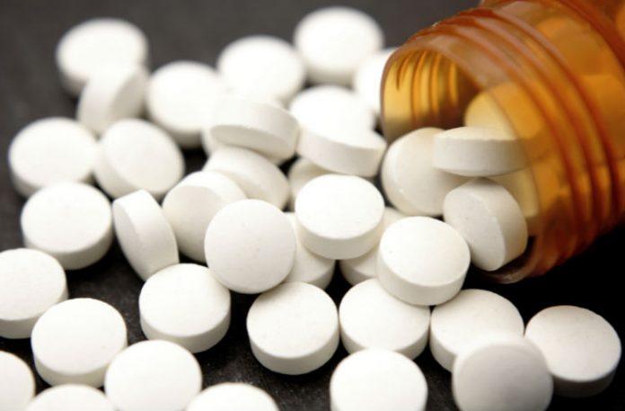 Tomar aspirina a cada três dias reduz risco de infarto, aponta pesquisa
