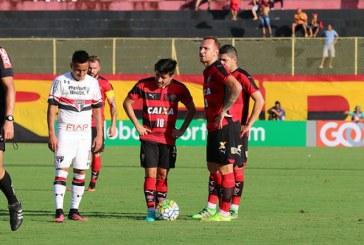 Vitória vence o São Paulo e deixa o Z-4