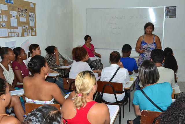 Prefeitura oferece cursos profissionalizantes para a população