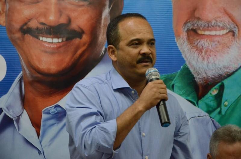 Elinaldo ganha foro privilegiado após ser eleito prefeito de Camaçari