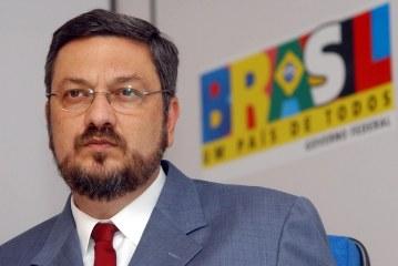Delação premiada de Antonio Palocci pode atingir a TV Globo, diz reportagem. Assista