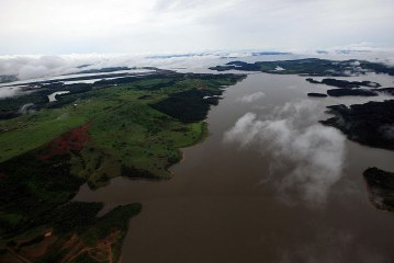 Artistas engajados reagem à liberação de área na Amazônia para a exploração mineral