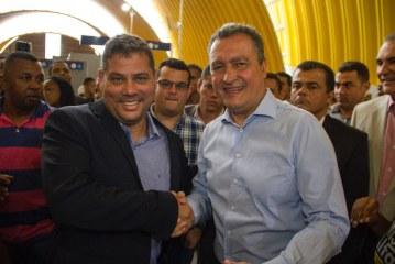 """Capitão Olinto retou e disse: """"o Metrô de Lauro de Freitas tem pai e mãe: Rui Costa e Moema Gramacho"""""""