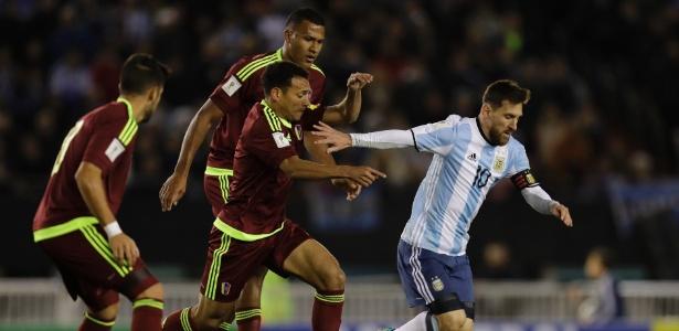 Argentina dá vexame, só empata com a Venezuela e se complica nas Eliminatórias
