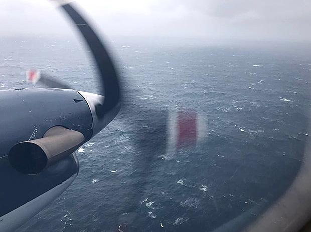 Submarino ainda 'tem comida e oxigênio', diz Marinha argentina