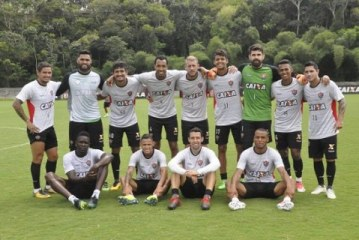 Vitória rebate jornal paulista após manchete desmerecendo triunfo contra o Palmeiras