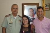 Prefeita de Lauro de Freitas e Superintendente de Trânsito são recebidos pelo comandante geral da PM
