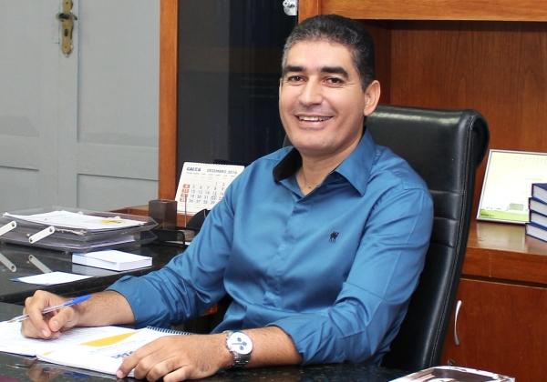 Decisão judicial suspende cassação do mandato do prefeito de cidade da Bahia