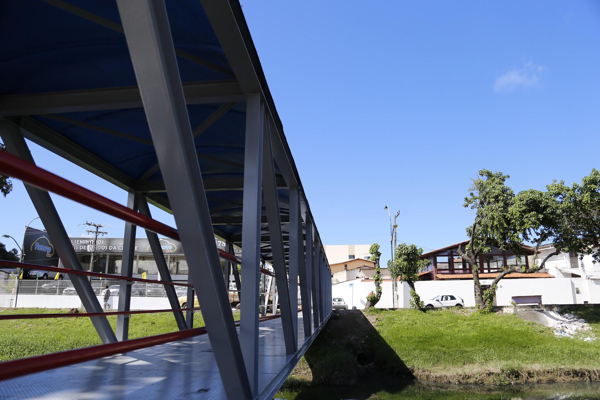 0a9493f2fa Prefeitura entrega obra da Beira Rio e dá Ordem de Serviço para reforma da  Passarela das