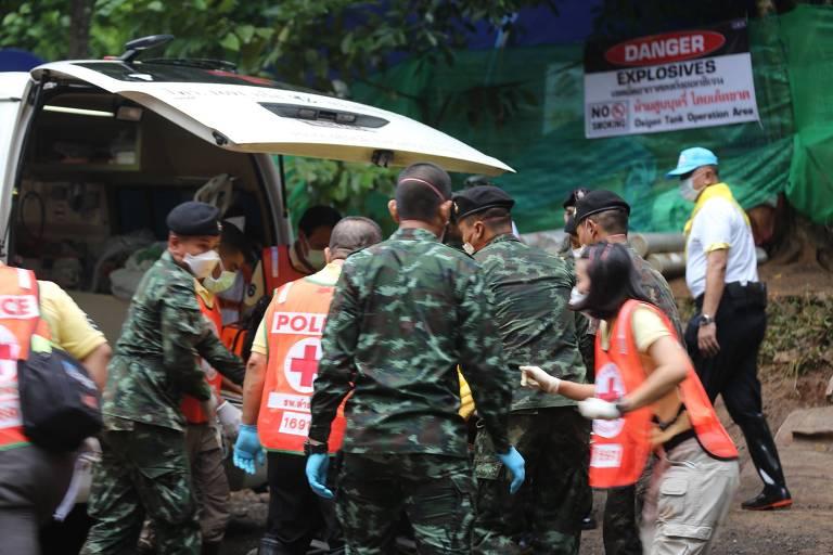 Mais quatro meninos são resgatados de caverna na Tailândia nesta segunda