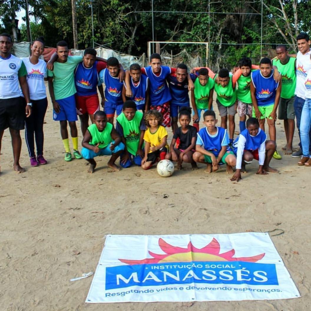 Manassés investe em dinâmicas educativas para os jovens das comunidades