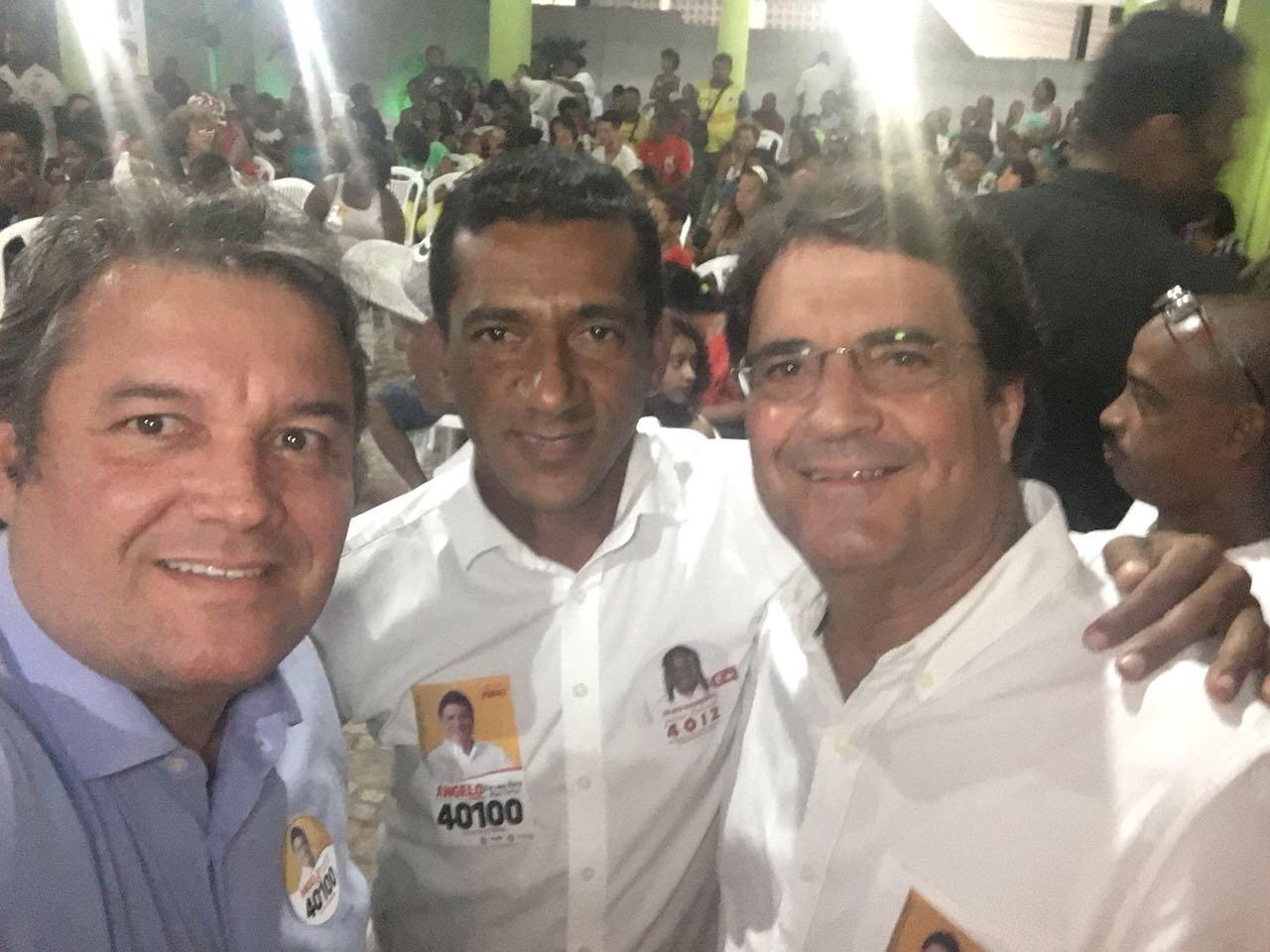 Edivaldo Palhaço e Mauro Cardim lotam clube Ipitanga e apresentam seu deputado estadual à sociedade