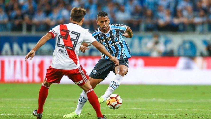 Grêmio leva virada do River e dá adeus à Libertadores