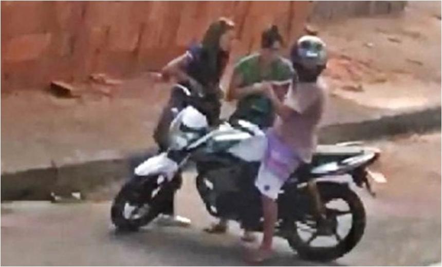 Sem outros pertences para roubar, assaltante 'arranca' aliança de vítima com a boca