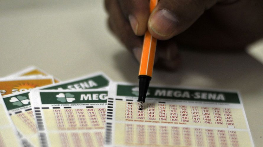 Mega Sena acumula e prêmio pode chegar a R$ 20 milhões