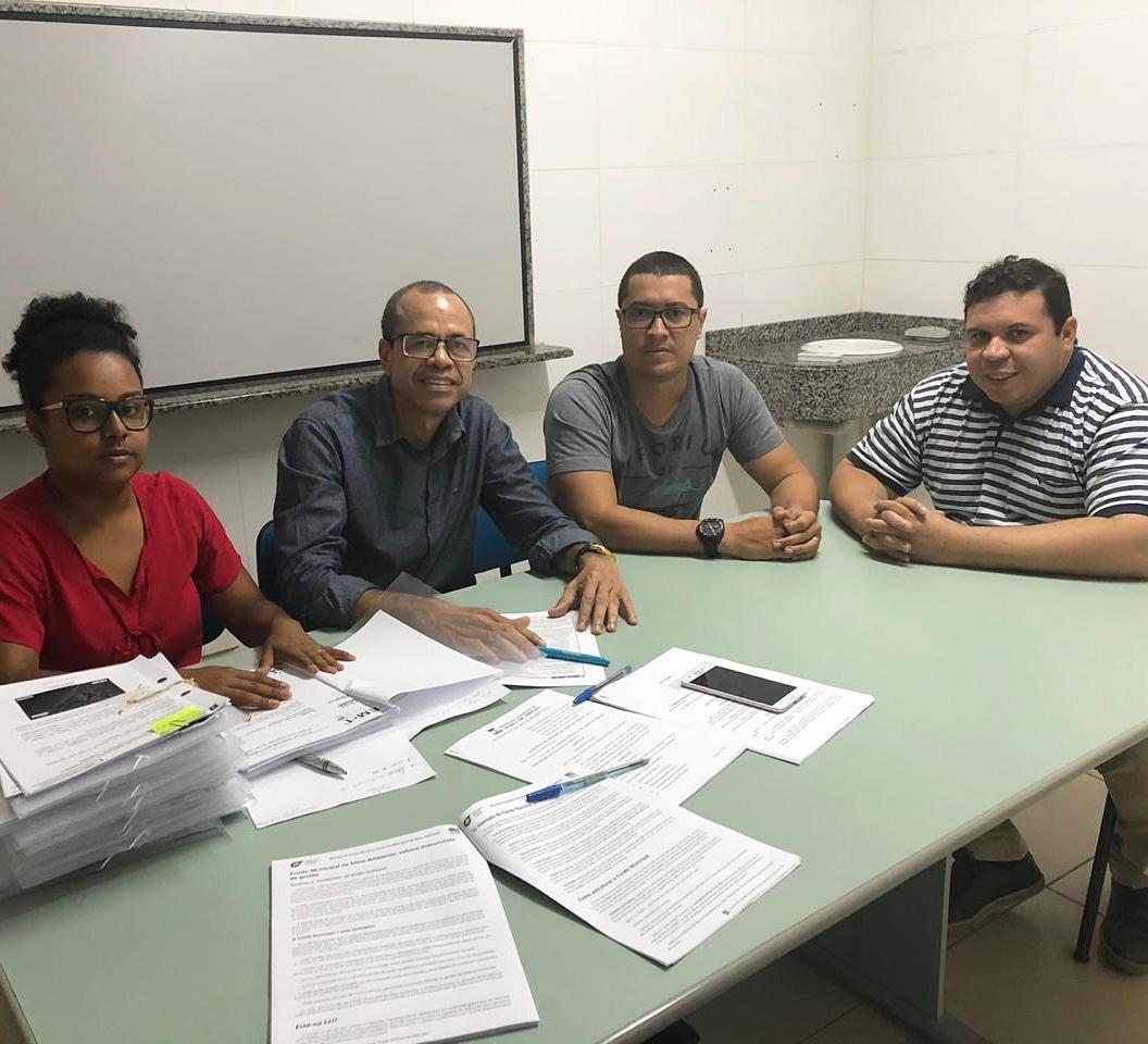 Vereador Isaac de Belchior participa de reunião com o Secretario de Meio Ambiente de Lauro de Freitas