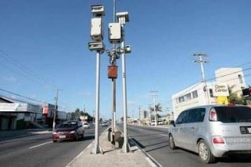 Novos equipamentos de controle do trânsito começam a funcionar em Lauro de Freitas