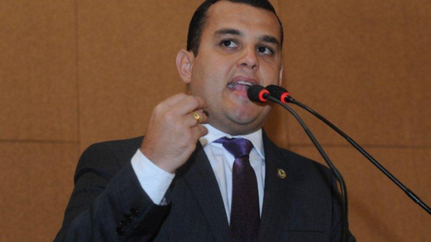 """Presidência da AL-BA: """"Fidelidade deveria contar positivamente"""", diz Alex Lima"""