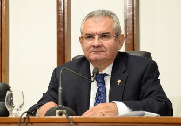 Coronel entra em campo para conseguir candidatura única à presidência da AL-BA