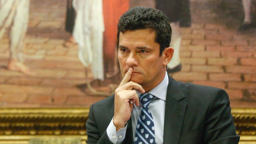 Em encontro, Bolsonaro vai oferecer superpasta da Justiça a Sergio Moro