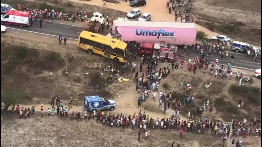 Morre sétima vítima de trágico acidente entre ônibus escolar e carreta na BR-116