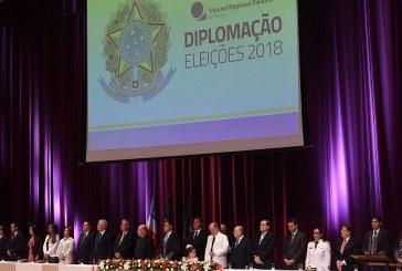 137 eleitos na Bahia são diplomados e assumem mandatos em janeiro