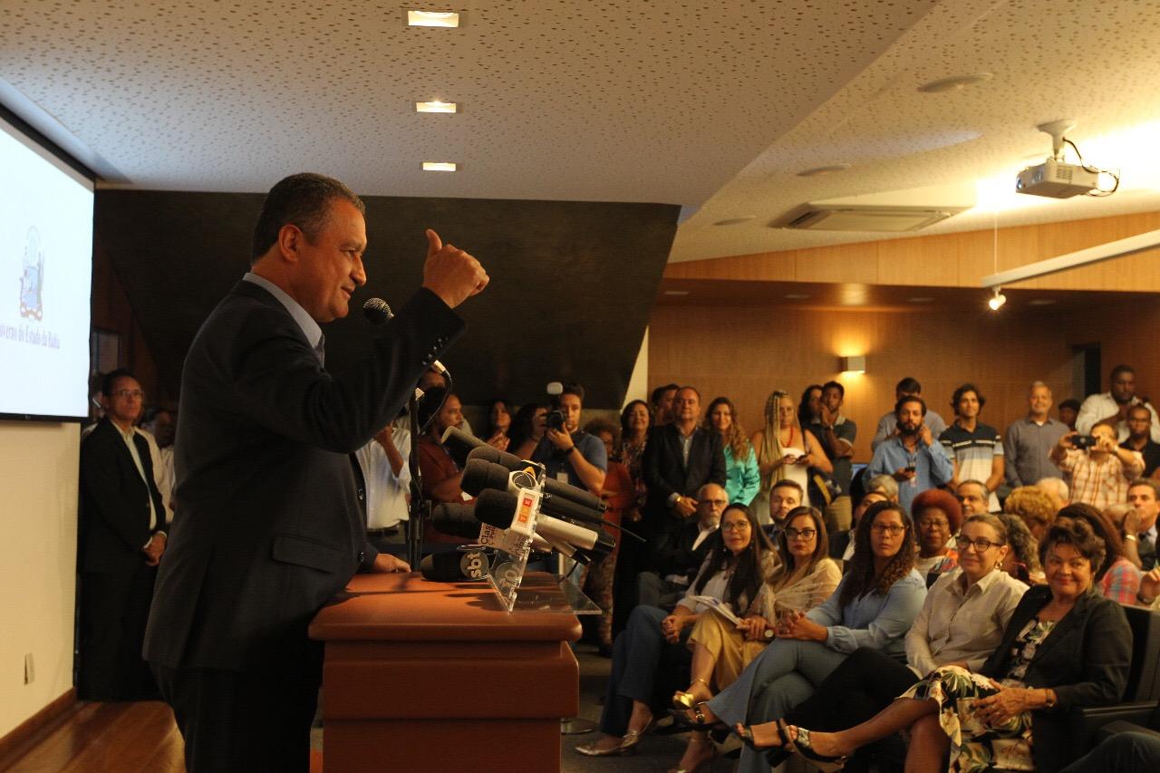 Governador contabiliza R$ 400 milhões anuais de economia com reforma administrativa