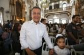 """""""Vim pedir sabedoria para trabalhar ainda mais pelo povo baiano"""", diz Rui durante missa no dia do aniversário"""