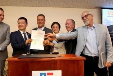 Governador assina contrato para iniciar obras do VLT; Confira