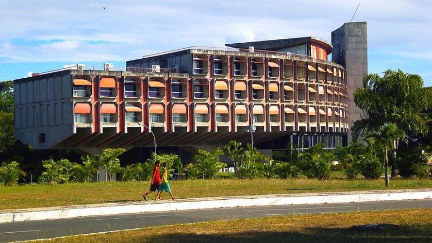 STF julga inconstitucional pensão vitalícia a ex-governadores da Bahia