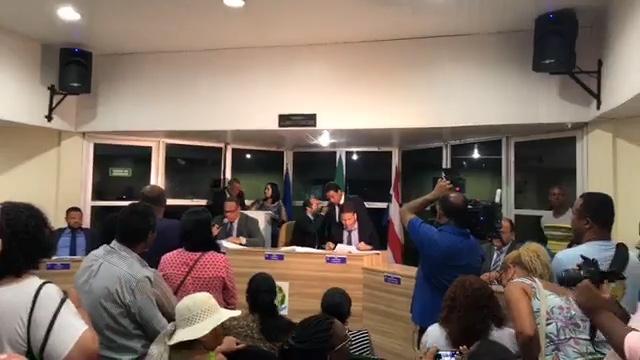 Câmara aprova limite de 20% na trava do IPTU de Lauro de Freitas