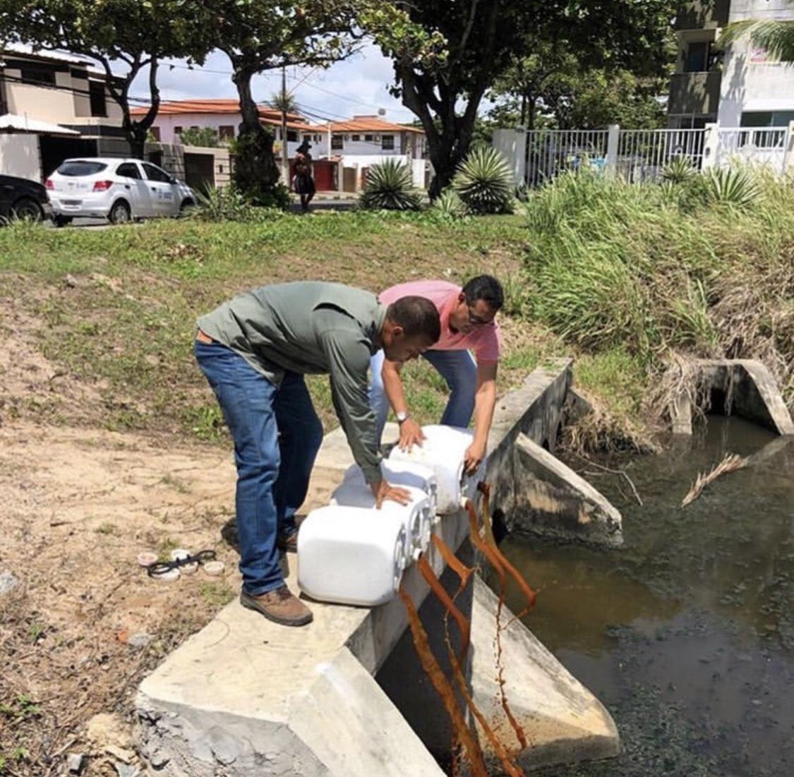 Punição à vista! Semarh de Lauro de Freitas atenta aos imóveis que despejam seus esgotos na rede pluvial