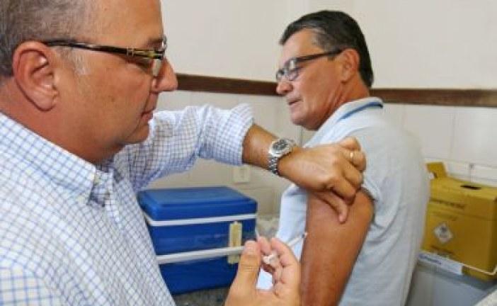 Campanha de vacinação contra gripe acontece a partir de 15 de abril na Bahia