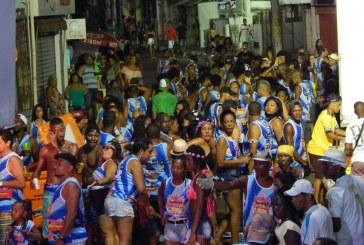 Carnaval atraiu mais de 30 mil pessoas no terceiro dia da folia em Lauro