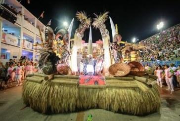 Mangueira é a campeã do carnaval 2019 do Rio