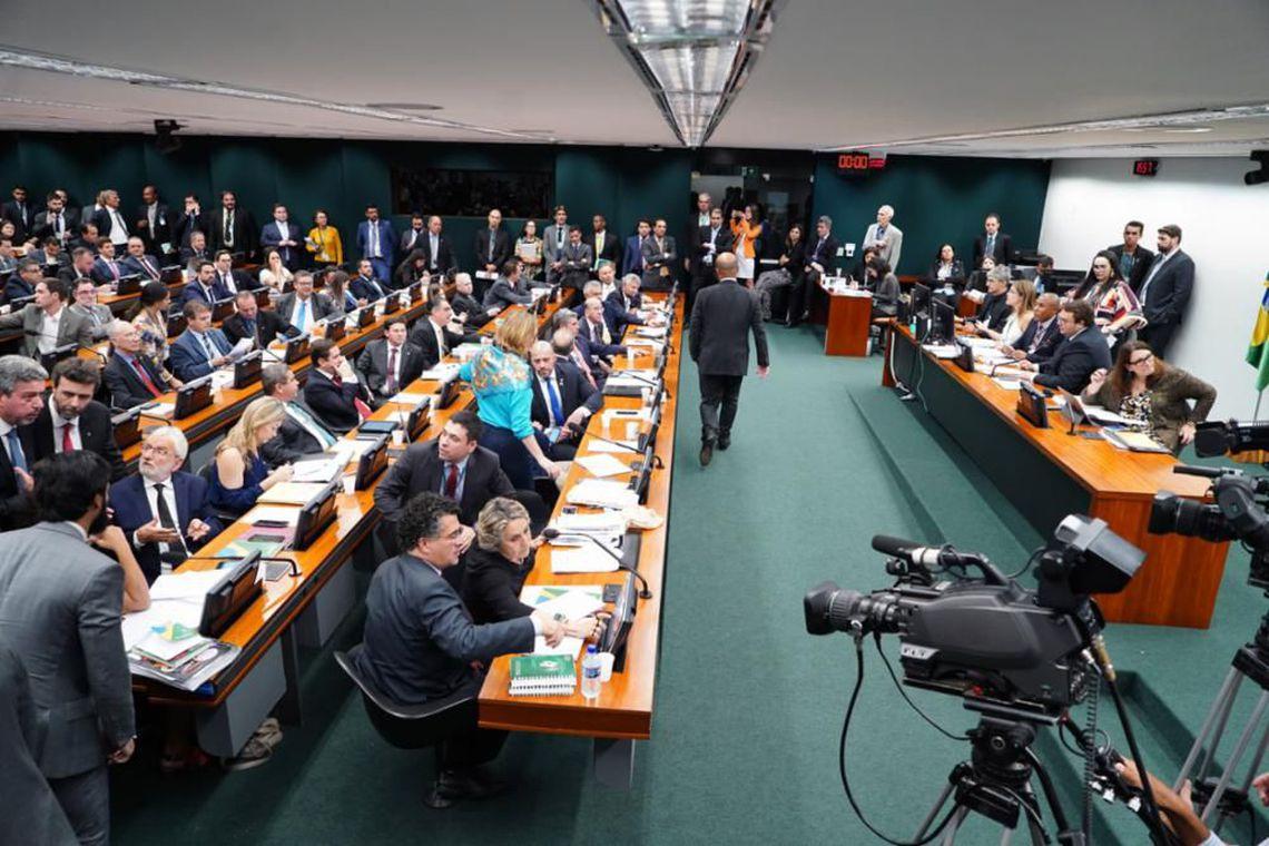 CCJ marca votação da reforma da Previdência para manhã desta quarta