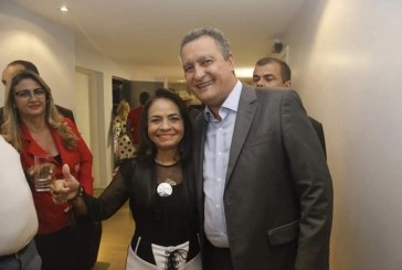 """Prefeita Moema Gramacho se pronuncia """"sobre a traição de Mirela"""""""