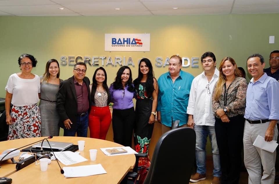 Moema participa de reunião na Sesab para discutir sobre a Policlinica Regional de Saúde