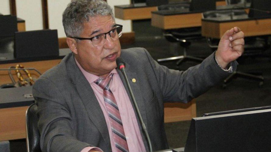 """Líder do governo rebate ACM Neto e diz que """"quem está confrontando o Nordeste é o governo federal"""""""