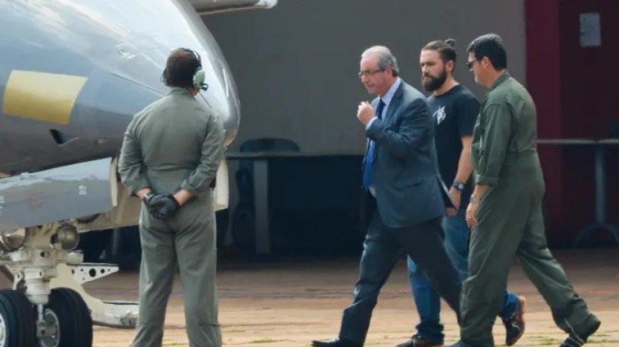 Moro convenceu Lava Jato a não pedir apreensão de celulares de Eduardo Cunha, diz site