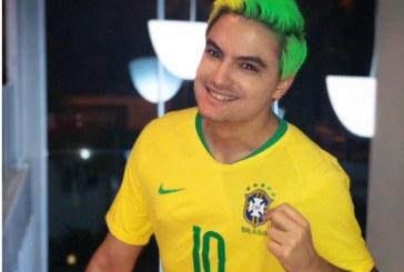 Felipe Neto revela estar sofrendo ameaças: 'Já tirei minha mãe do Brasil'
